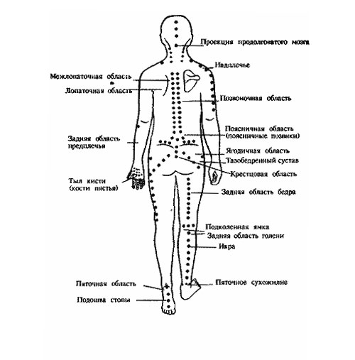 При шейном остеохондрозе человек может жаловаться на частые головные боли, особенно в затылке, головокружения.